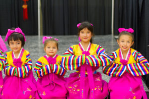 China, saskatoon, folkfest